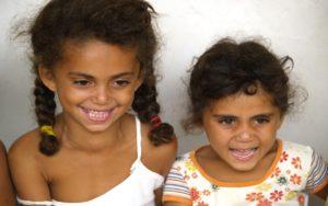 favelas niñas